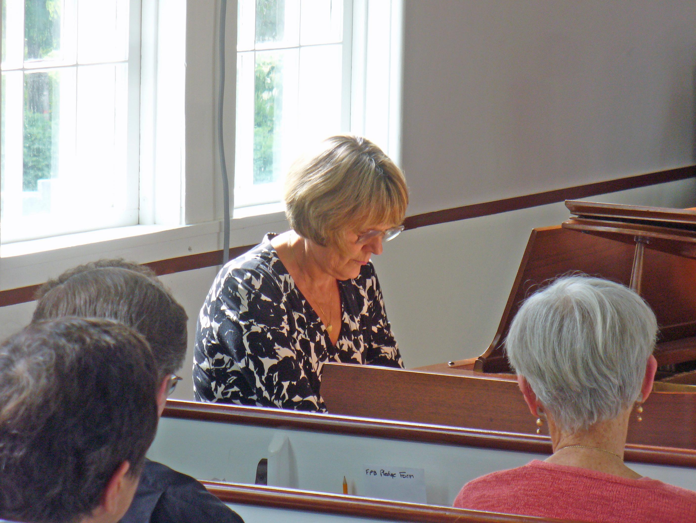 Liz Browne-piano