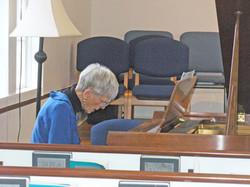 pianist Betty Tipton