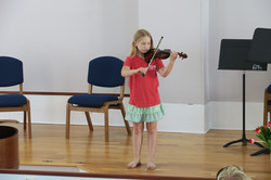 8 year old violinist