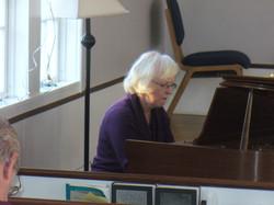 pianist Carol Davis