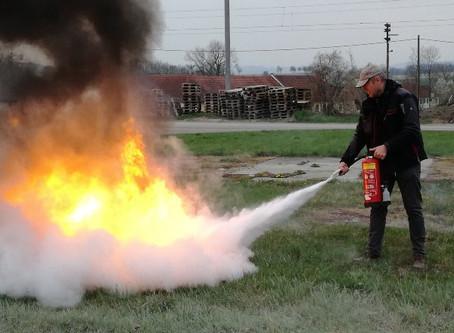 Feuerlöscher-Übung