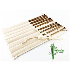 Set di ferri in bamboo naturale con borsa