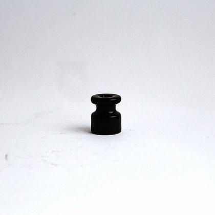 Керамический изолятор черный