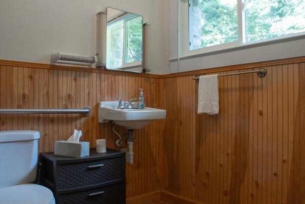 Bathroom+1.2.jpg