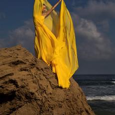 Dance on the beach Itamar Taoz