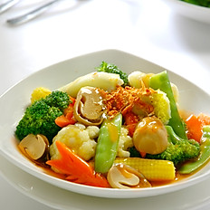Mixed Vegetables with Oyster Sauce