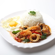 Stir Fried Basil Seafood and Egg with Rice