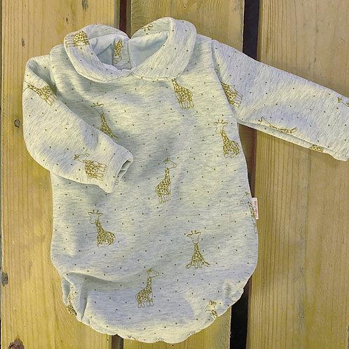 Ranita Santi jirafas mostaza fondo gris