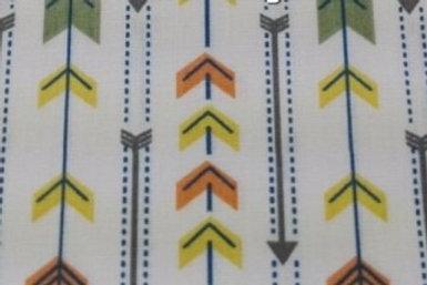 Flechas verdes y naranjas