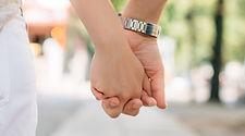 holding-hands-1149411.jpg