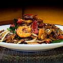 Cha Keow toen (roergebakken Rijststick met garnalen, varkenvlees, ei ) / roergebakken Rijststick met garnalen, varkenvlees and egg / 炒粿條