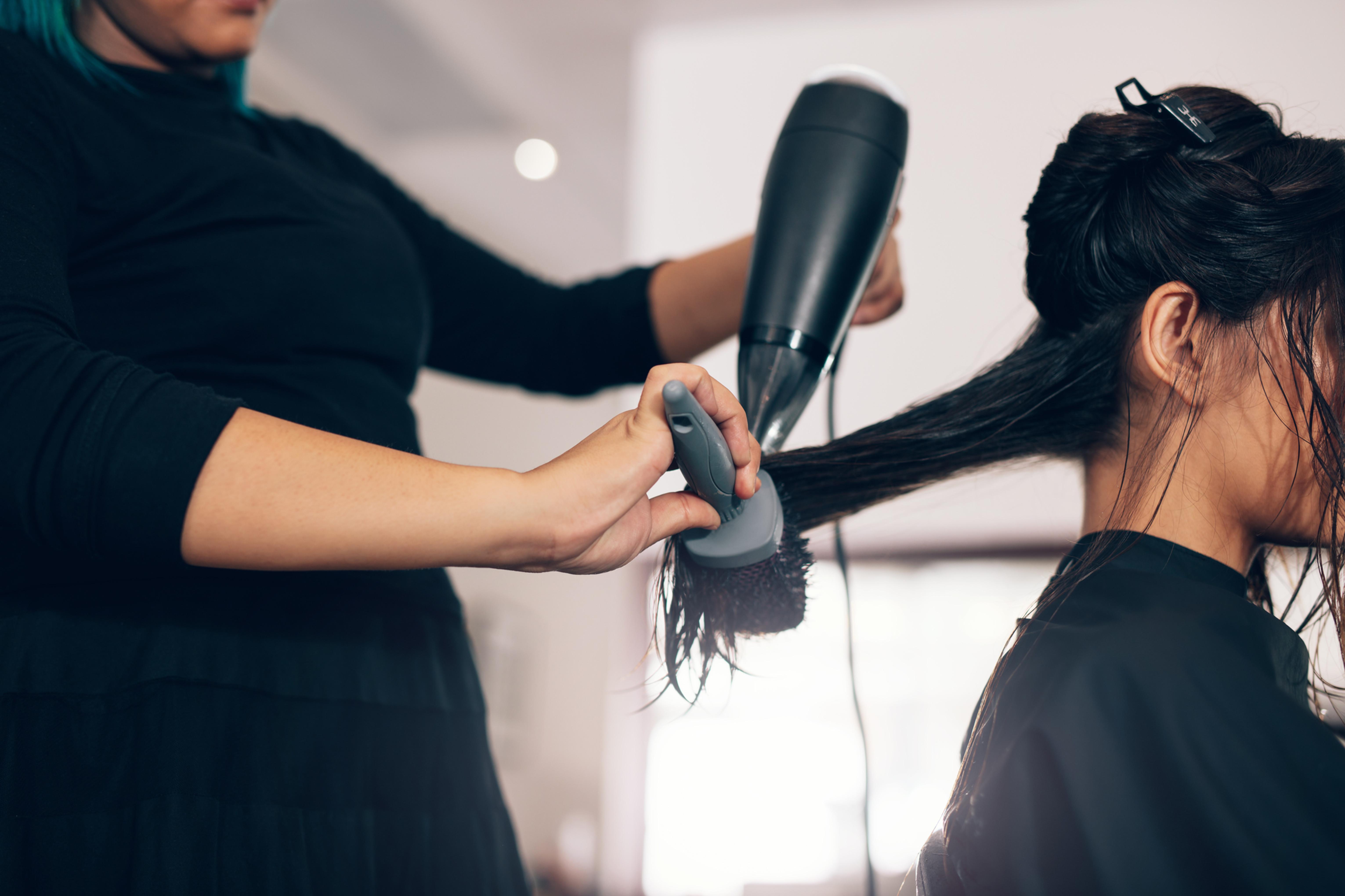 Shampoo Blowdry Style