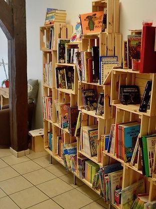 English library 2018-2019.jpg