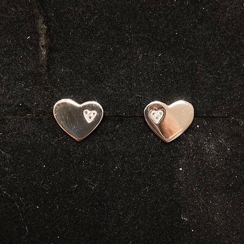 C.z flat heart studs