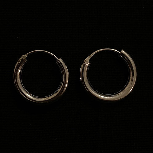 Thick top hinged hoops