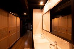 洗面所、廊下