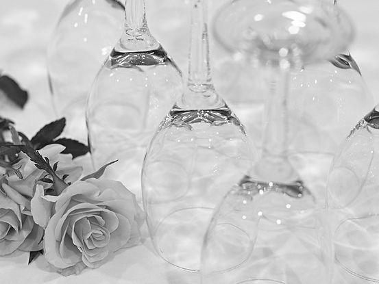 Agentur_Hochzeitsplaner_Gläser_sw.jpg