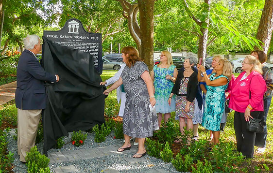 picture of Mayor Cason and Robin Burr removing the covering on the marker