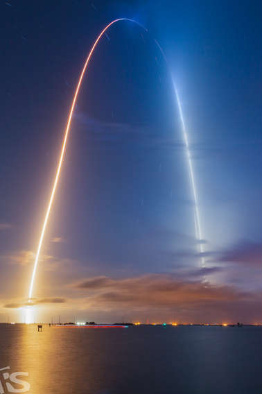 SpaceX and Nasa Crew-2 Dragon
