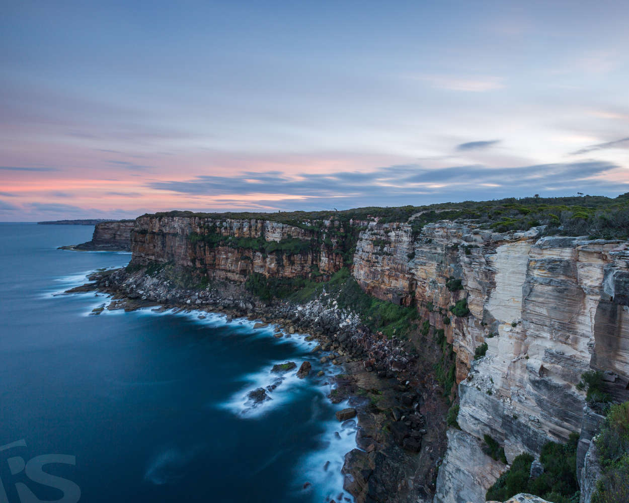 CLIFFS OF AUSTRALIA
