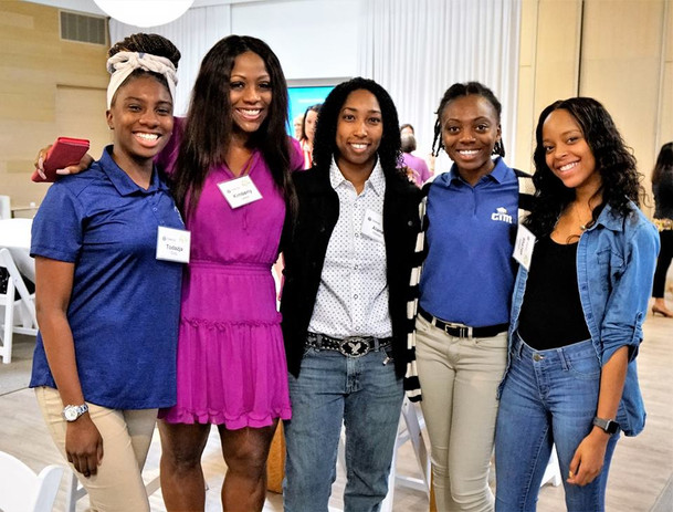 TWiG Member Alana Hibbler and students from the CIM Program at MTSU!