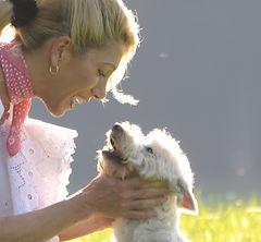 Hundesalon Lilly Köln Porz Hundefriseur Köln Hundepflege Köln Hunde Zahnpflege Köln Emmi Pet