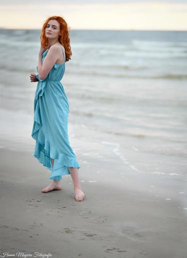 Portret kobiecy na plaży