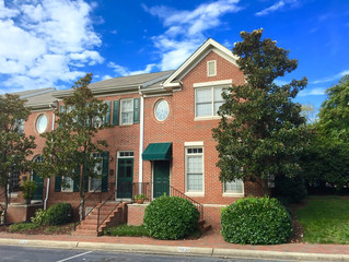 Downtown Raleigh Townhouse For Rent - 121 Fenner Lane