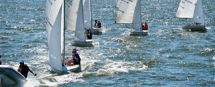 Hollyburn Sailing Club