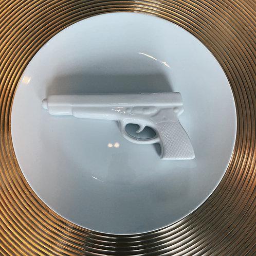 Gun plate