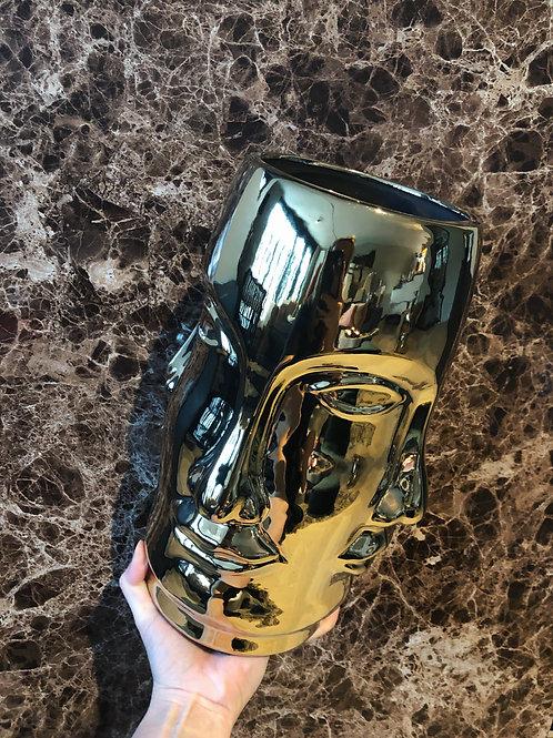 Face gold vase