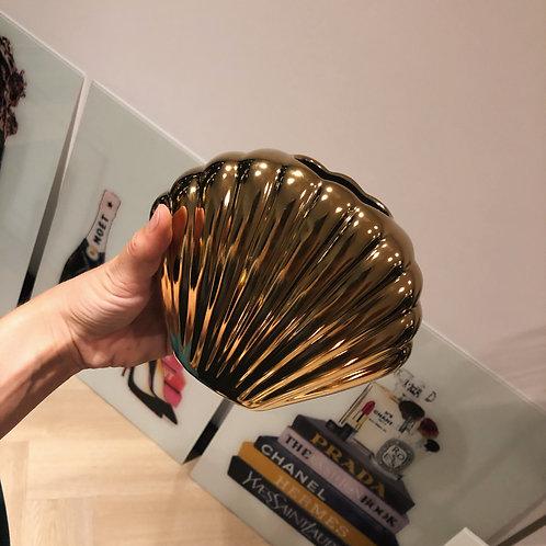 Shell vase gold