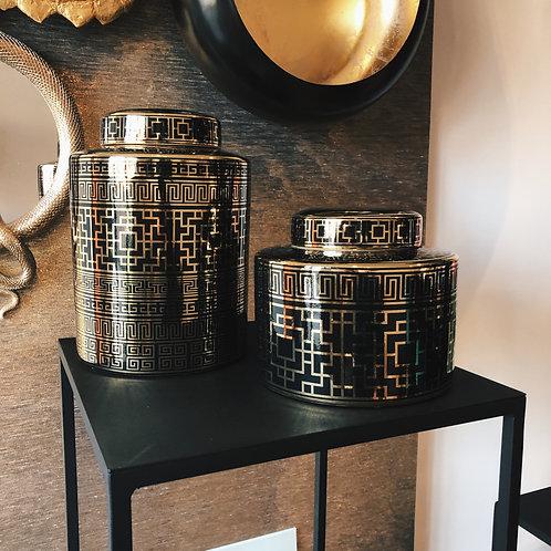 Black gold porcelain