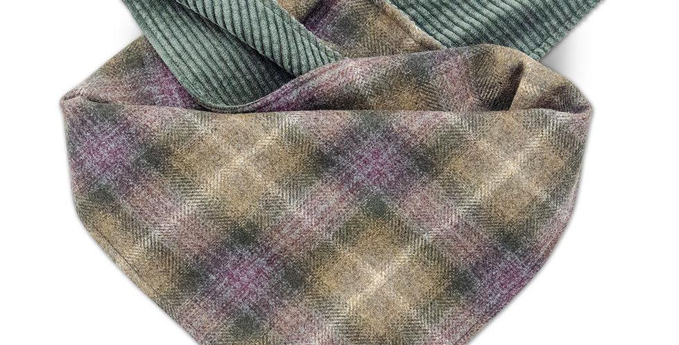 Halstuch für Hunde von Duftmarke mit Karo Muster und Cordstoff