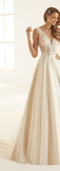 Bianco Evento Bridal Dress Arcada