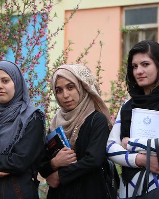 PHO_Girls_from the right_Sadaf_Yasamin_Sahar.JPG