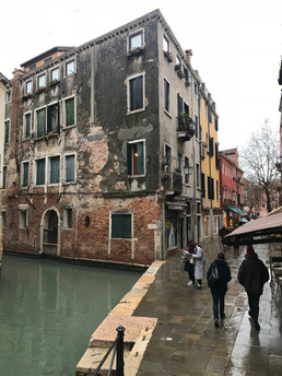I Wish My House had a Door to a Canal