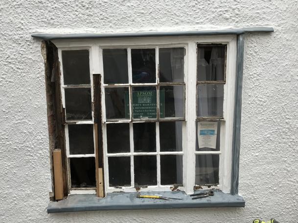 Damaged sash window repair