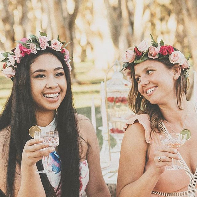 Long weekends are for flower crown works
