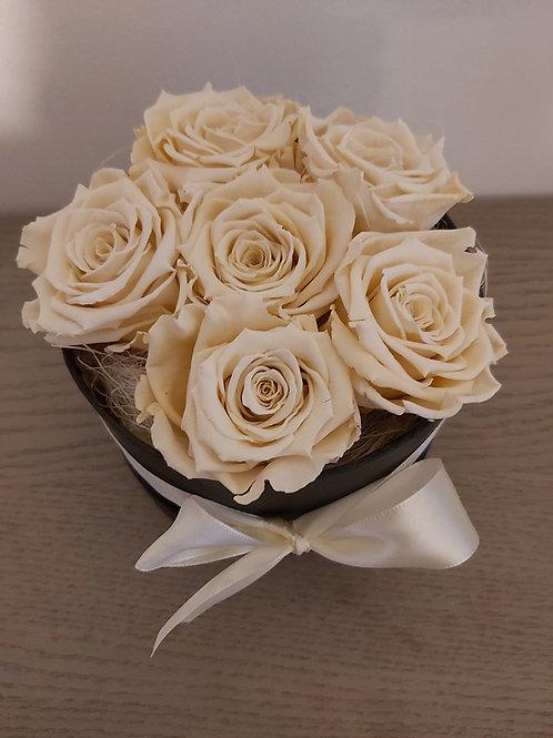 Royal flowerbox met champagnekleur long life rozen