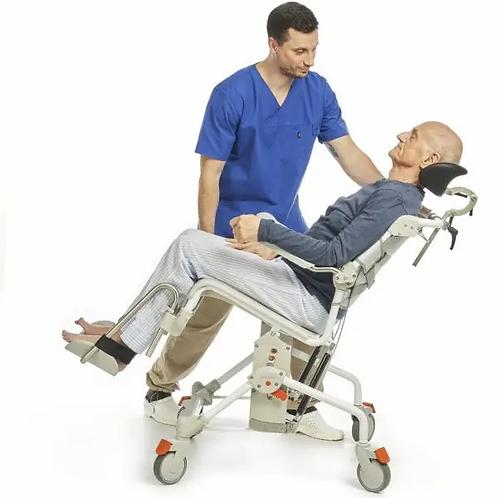 כסא רחצה ושירותים עם הטייה Swift Mobil Tilt