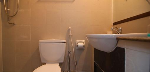 CherryLoft Resorts Toilet