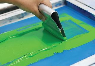 Hand pressing silk-screen printing, clos