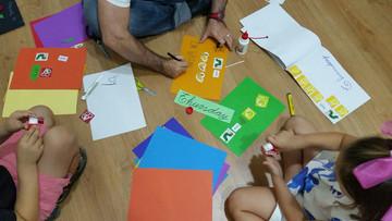 practicar-ingles-con-manualidades-infantiles