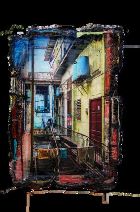 Cuba 10 Patio met blauwe vaten.png