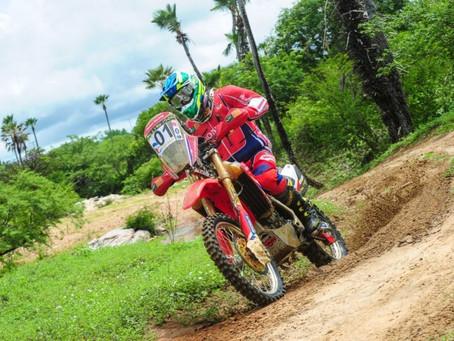 RN 1500 - Jean Azevedo segue líder entre as motocicletas e está perto do 7º título