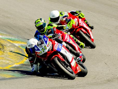 Categorias monomarcas da Honda no Superbike Brasil