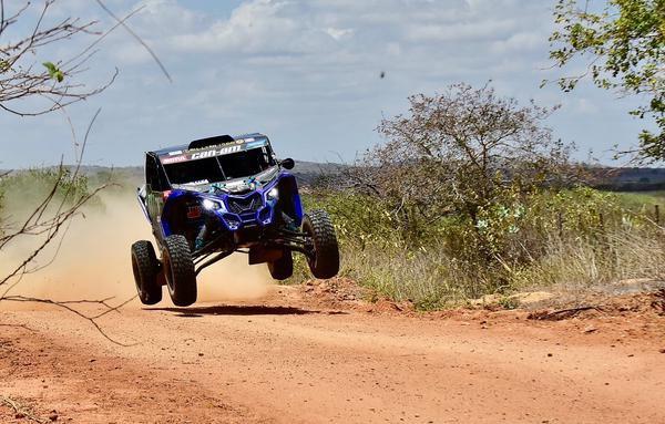 Rally RN 1500 - Bruno Varela e Gustavo Bortolanza vencem segunda especial