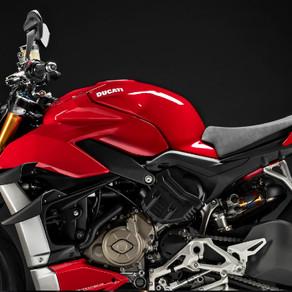 Ducati lança a nova Street Fighter V4 S