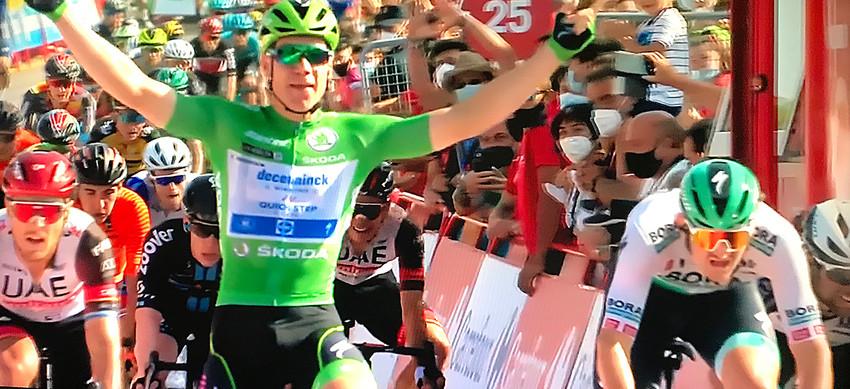 Vuelta a España: Jakobsen ganha seu presente de aniversário, vitória na 16ª etapa